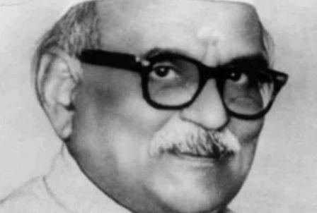 http://www.hindisarkariresult.com/dr-sampurnanand-jivan-parchay/